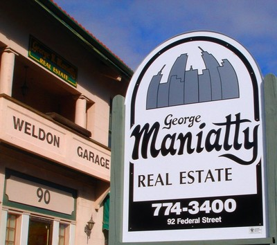 Maniatty Sign and Building_small